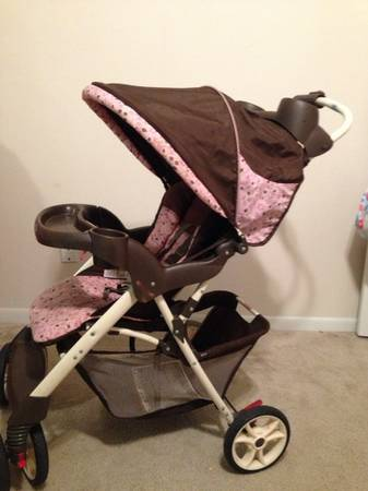 Graco stroller pink and brown - $25 (Flour Bluff)