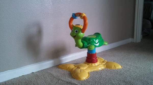 vtech jungle gym bouncing colors turtle - $10 (rodd field and spid)