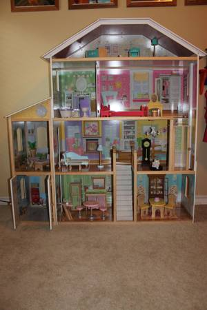 Kidkraft Majestic Mansion Deluxe Barbie Playhouse -   x0024 100  Southside CC