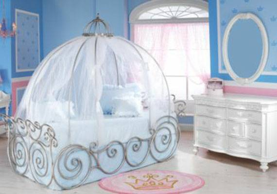 Disney Princess Carriage Twin Bed - $275 (Fulton)