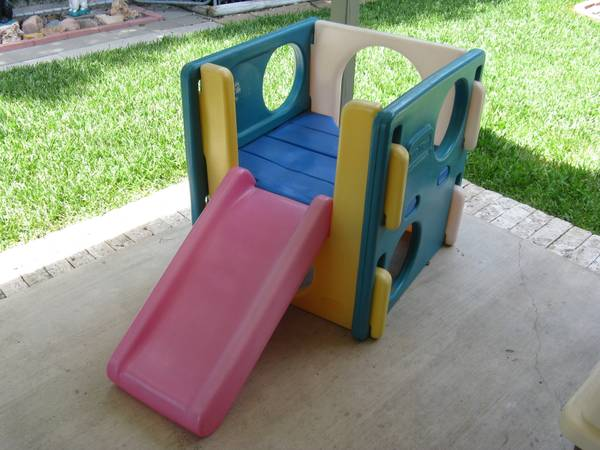 Little Tikes Cube Climber with Slide - $40 (saratogacimarronbrockhton area)
