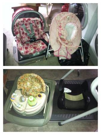Car seat,bouncer,walker,booster seat - $10 (Corpus Christi)