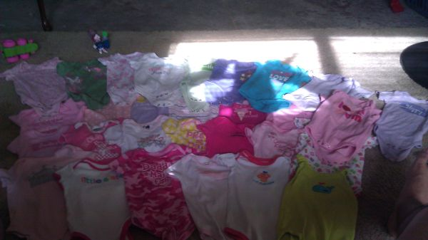 Over 40 pieces of baby girl stuff - $45 (ss)