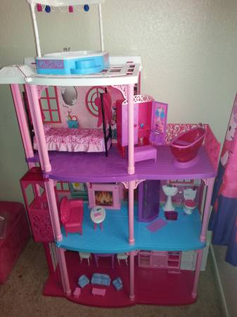BARBIE LOT - $180 (78413)