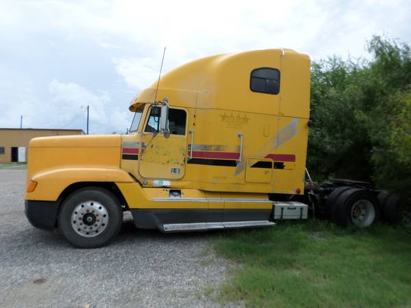 LQQK 97 FREIGHTLINER FOR SALE (ALICE, TX)