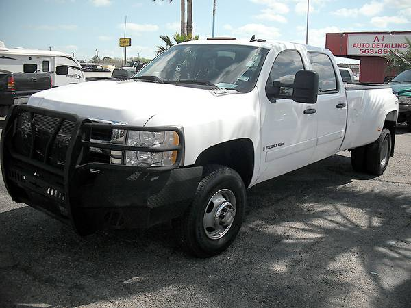 2007 Chevy 3500 4x4 Dually diesel - $25800 (Caspers Used Cars)