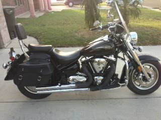 07 Yamaha motorcycle 1700 CC road star midnight star - $8350 (3933 swallow ave mcallen tx)