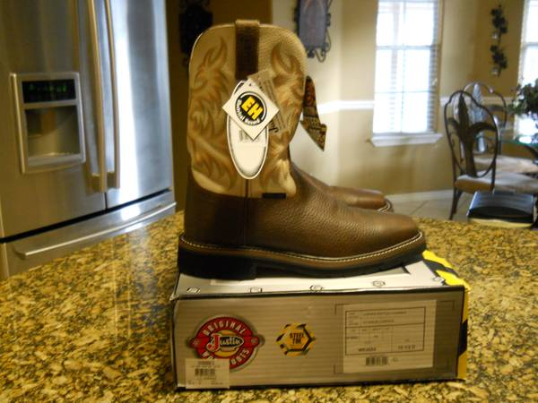 Mens Justin Steel Toe Western BootsNew Square Toe style - Size 10.5D - $100 (South Side)