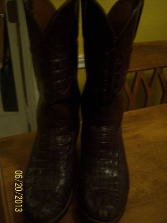 Lucchese Croc tail Exotic boots - $300 ( (corpus christi))