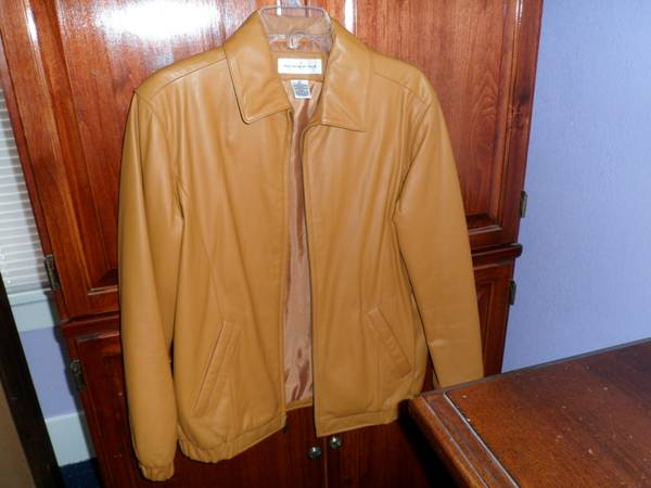 Genuine Leather Butter Color XS Jacket - $70 (Corpus Christi)