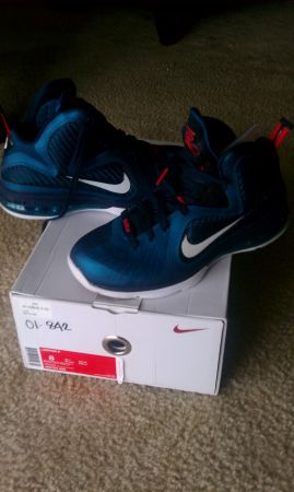 Lebron 9 Swingmans sz 8 - $150 (4443 Ocean Drive Estates)