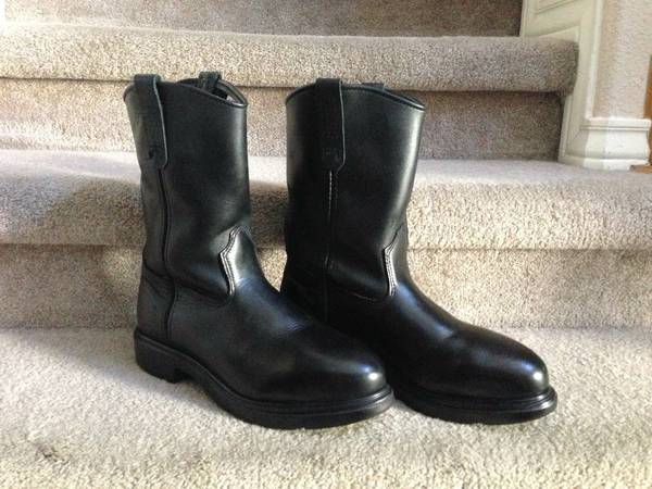 Red Wing mens work boots - $175 (Corpus Christi)