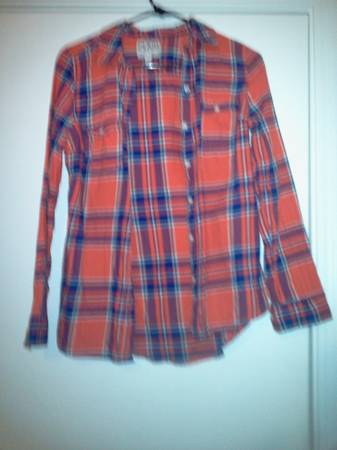 Ladies small shirts (Sinton)