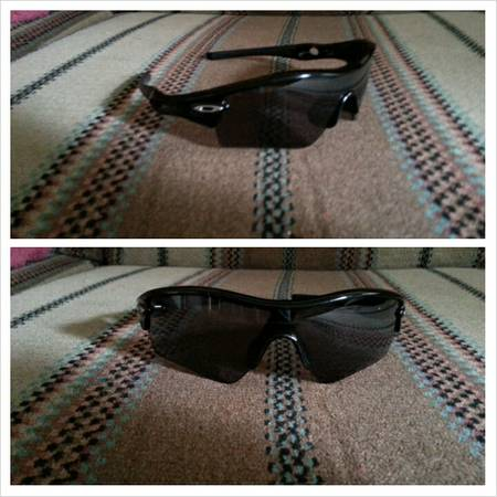 Oakley sunglasses for sale - $100 (Robstown )