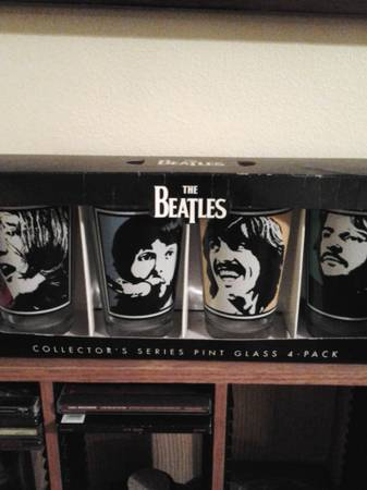 Beatles collectible pint glasses -   x0024 30  corpus christi