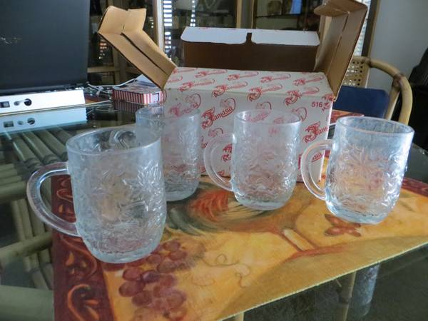 PRINCESS HOUSE MUGS WINE GLASSES - $10 (SOUTHSIDE-PICS)