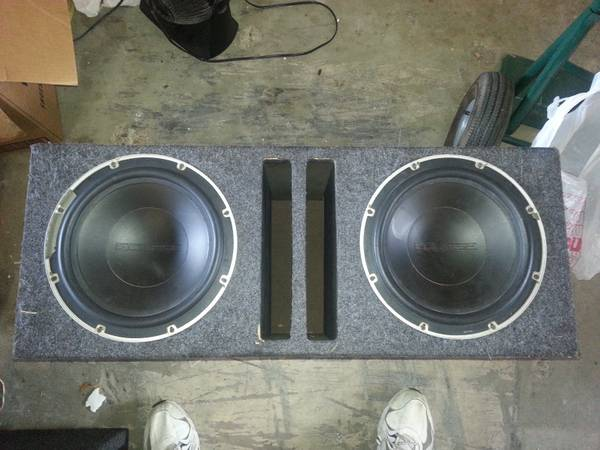 Carpeted Speaker Box w 2 - 12 ECLIPSE Subwoofers - $75 (Aransas Pass)
