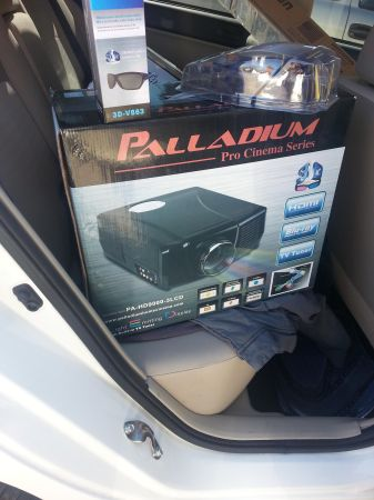 palladium pro cinema series (PA-HD9000-3LCD) HD projecter - $1500