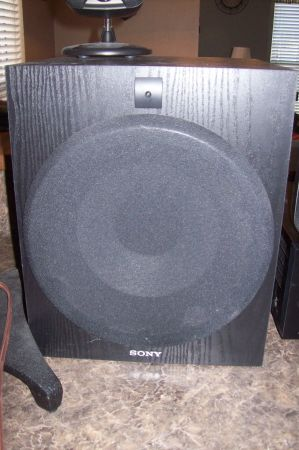 For Sale Hi-end Surround Sound System - $250 (Corpus Southside)