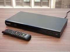 Samsung Smart Blu-ray Disc Player With Built-in WiFi (BD-E5700)  - $100 (CC)
