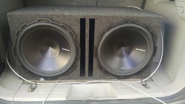 $575, 2 15 inch rockford fosgate subs with enclosure and mono