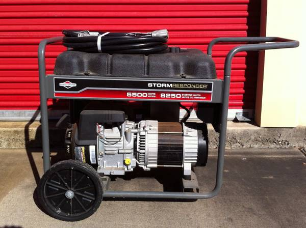 BRIGGS AND STRATTON STORM RESPONDER 5500 GENERATOR - $675 (Rockport)