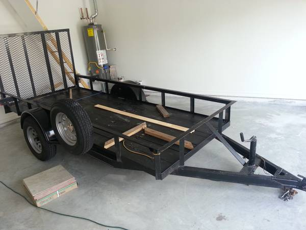 2012 5x12 Utility Trailer with R and Spare - $1200 (CC)