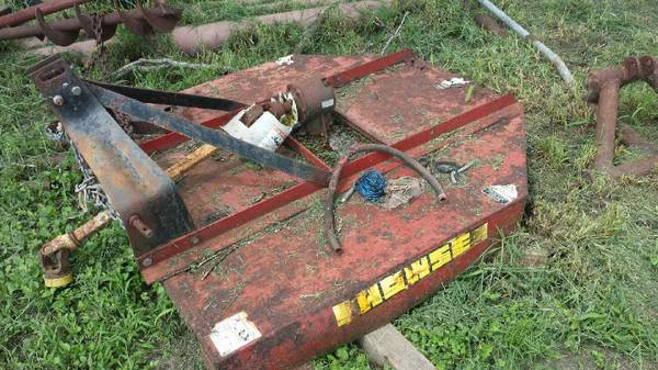 5 Howse Brush Hog Shredder - $450 (Skidmore)
