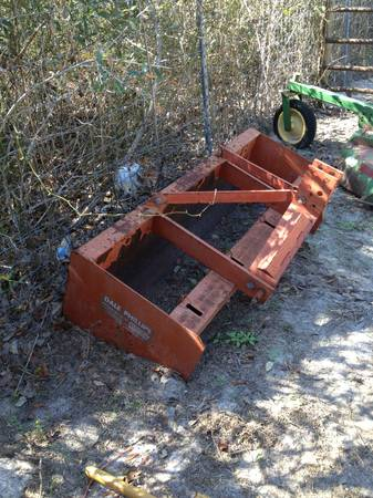 5 Box Blade, Dale Phillips DooBob brand, Also Bucket Hay Spear - $3 - $395 (Ingleside)
