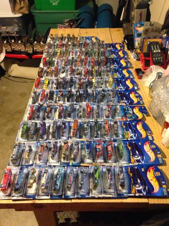 Hot Wheels collection -   x0024 70  south side Corpus Christi