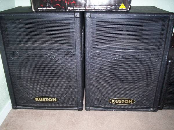 Sound system for sale - $400 (Horne and Crosstown)