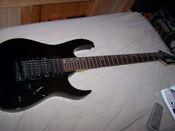 Washburn WG208 US Design Chicago Series Electric Guitar - $100