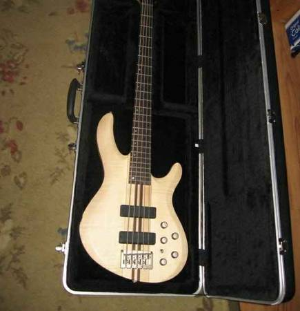Laguna Ocean TB75 5-String Neck-Thru Electric Bass - $400