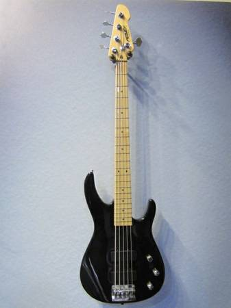 Peavey Foundation 5 String Bass Guitar - USA Made - $175