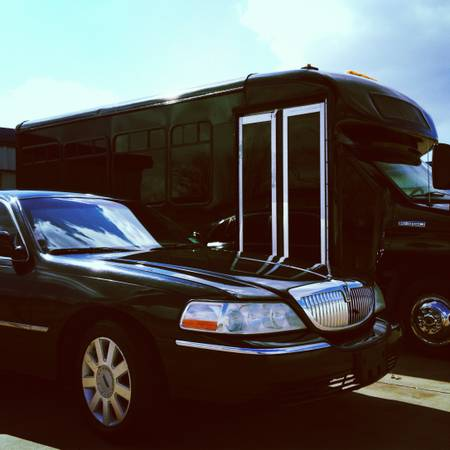 Need A Party Bus or Limo   DFW