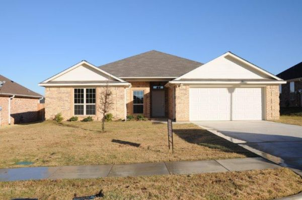 1595   4br - 1900ft sup2  - 640 Spencer-Home for Rent-FREE 37  flat screen TV  Tyler  Tx
