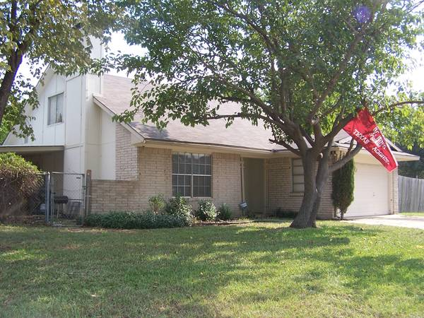 4br - 1750ft sup2  - 4 BR House in Lewisville  Lewisville