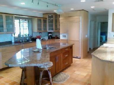 - $425 3br - ENJOY Exotic Maui, 3 br3 ba, Pool Ocean Views PARADISE (PARADISE)