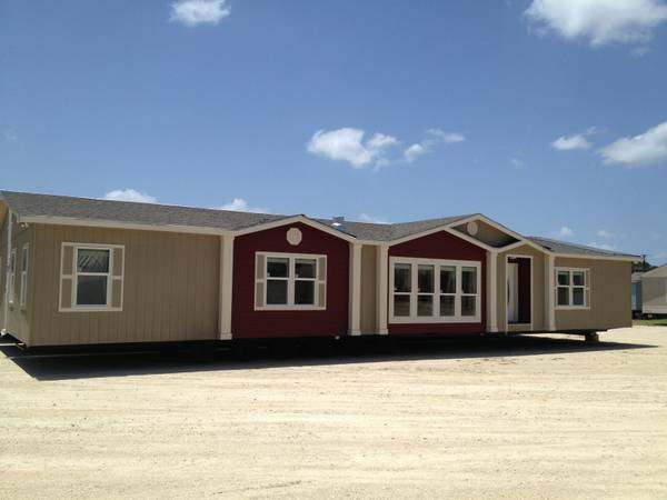 - $112782 3br - 2624ftsup2 - Want a Deal ASK for The Owner Save Thousands on a 43 (Solitairehomes.comTYLER)