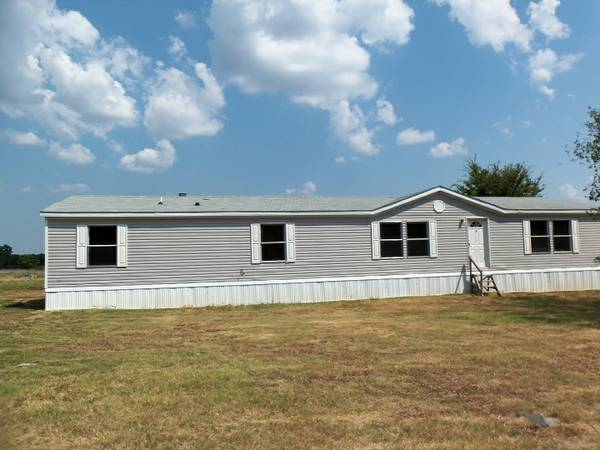 4br - 2160ft sup2  -       COUNTRY LIVING         QUINLAN
