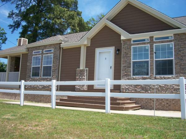 4br - 2280ftsup2 - HUGE 4 BEDROOM-3BATH-FORMAL LR TAPE AND TEXTURED (ANYWHERE TEXAS)