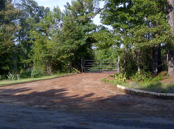 - $112000  3br - 1104ftsup2 - 11 AC HOMESTEAD FARM FSBO WFINANCING (KILGORE (SMITH COUNTY))