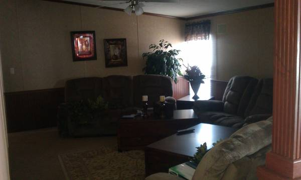 5br - SHOW HOME   5 3 DOUBLEWIDE