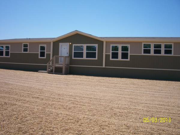 - $118954 4br - 2280ftsup2 - HUGE 4 BEDROOM-3BATH-FORMAL LR TAPE AND TEXTURED (TEXAS ANYWHERE)