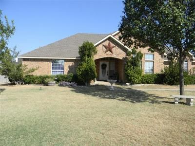 $134900  3br - 2000ftsup2 - 32.52 brick home FSBO (Bells,Tx N of Dallas)