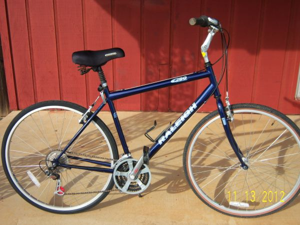 Raleigh C30 Road Bike - $150 (Longview, Texas)