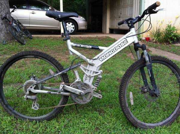 Mongoose Blackcomb Mountain Bike - $70 (Palestine, TX)