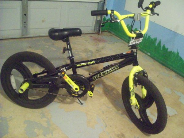 Tony Hawk 18 Boys Bicycle - $80 (Palestine)