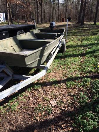 Aluminum flat bottom boat -   x0024 950  Longview