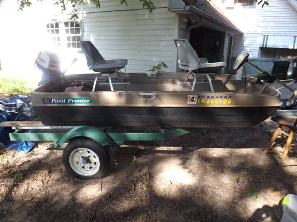 10 POND PROWLER W5hp-2 STROKE - $1200 (Chandler)